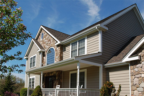 Make a lasting impression with Everlast® Advanced Composite Siding